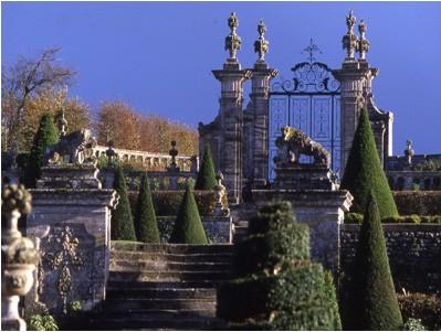 Jardin du château de Brécy. Crédit photo : parcsetjardins.fr
