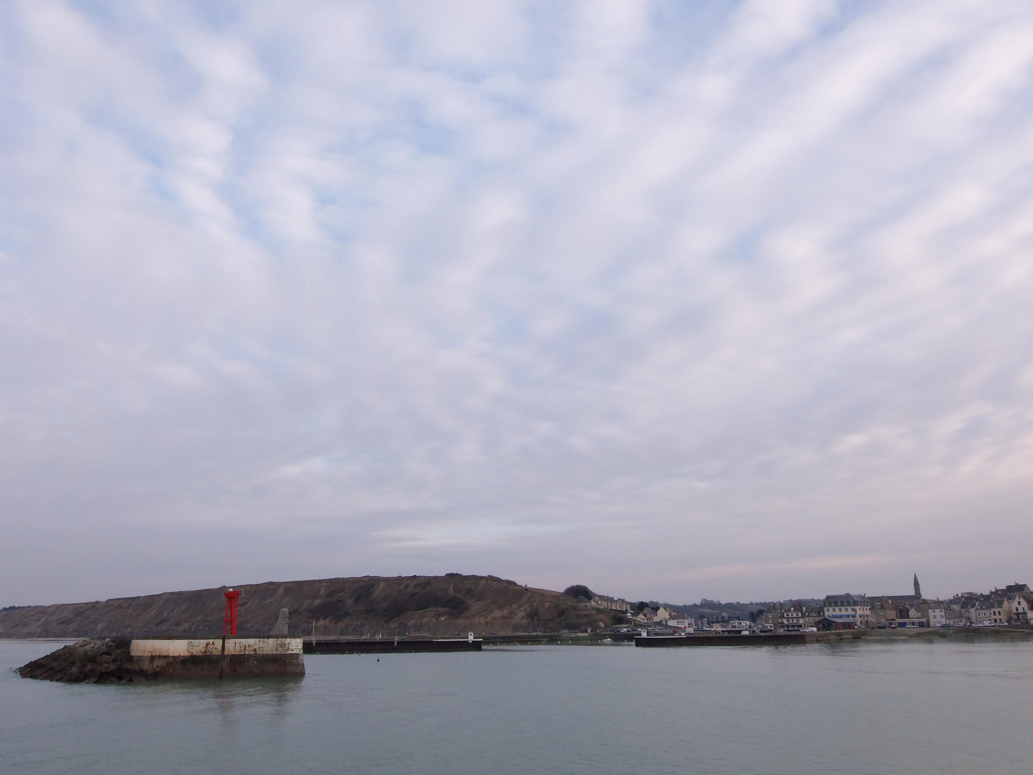 mer calme fin d apr 232 s midi port en bessin au gr 233 des mar 233 es le