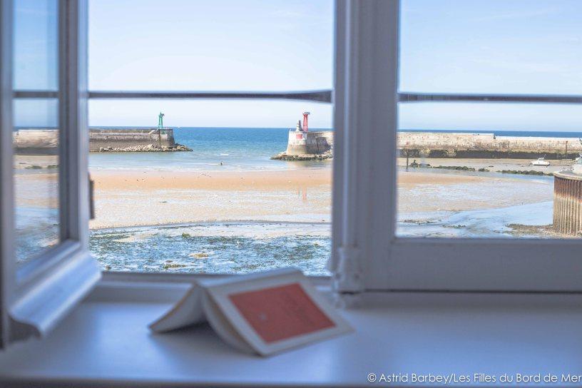 La mer est belle port en bessin au gr des mar es le blog for Achat maison normandie bord de mer