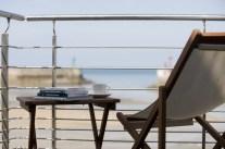 La terrasse de «La Maison sur le Quai» vue dans Télématin
